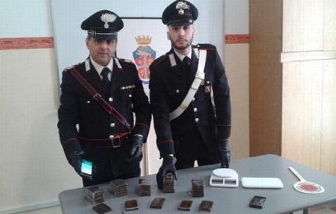 I carabinieri di Casale Monferrato sequestrato 3 Kg di hashish e arrestato un marocchino
