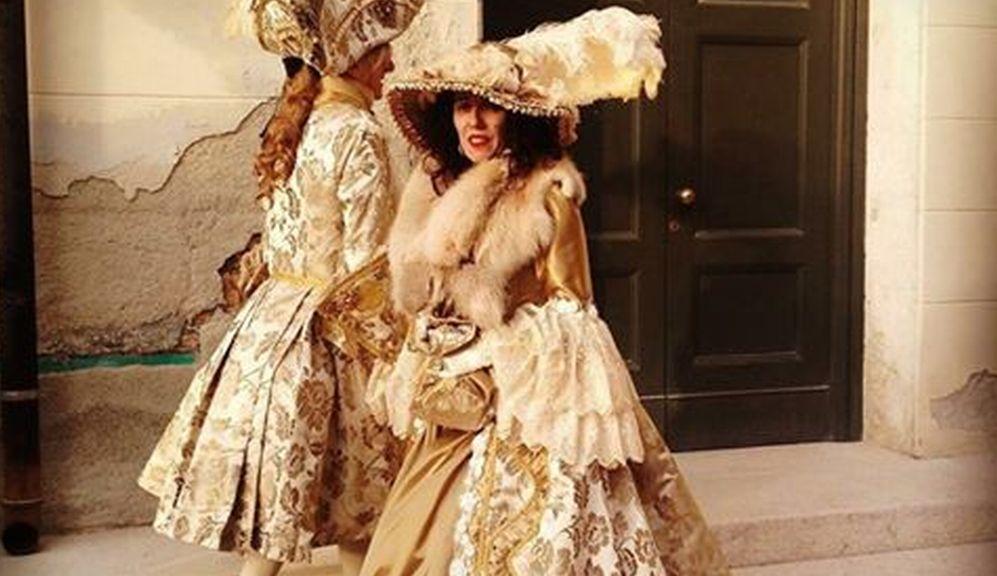 Domenica al Museo della Gambarina di Alessandria una sfilata di vestiti d'epoca