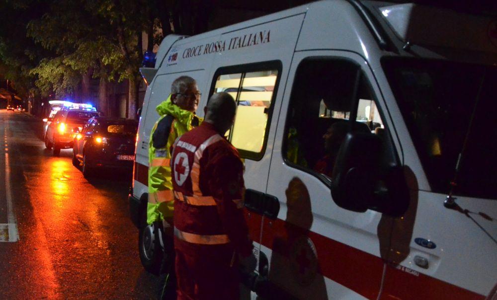 Auto nel fiume a Casale Monferrato, salvi gli occupanti