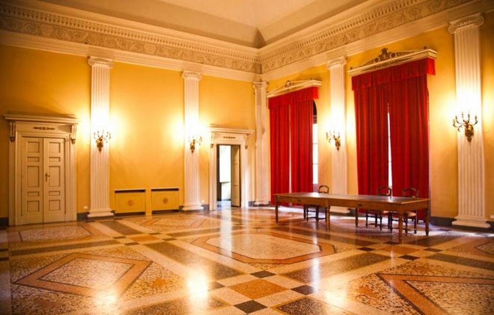 Doppio appuntamento al Ridotto del Teatro Civico di Tortona, giovedì, per parlare di dipendenze