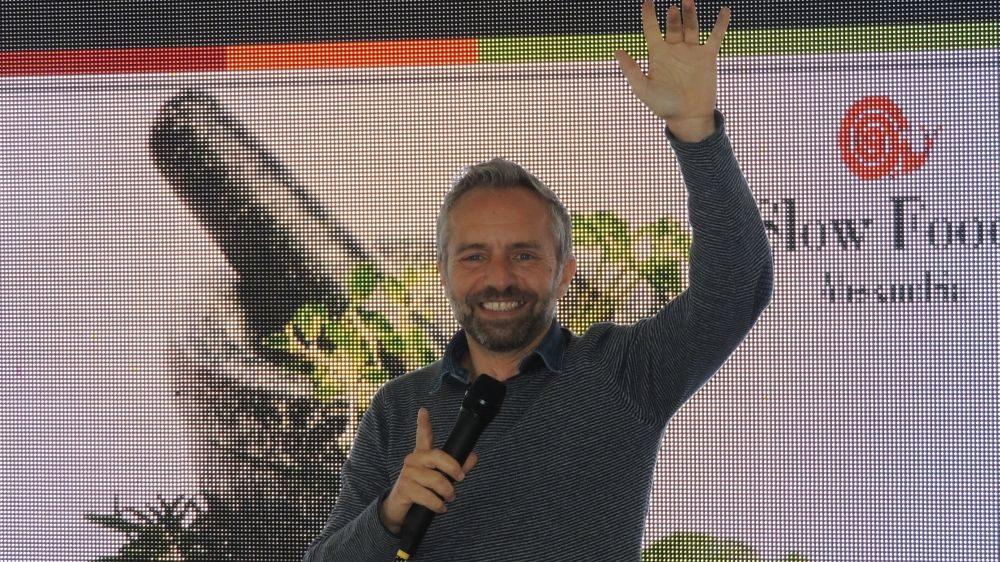 """Venerdì a Diano marina sesto appuntamento con Gianni Rossi e """"Balliamoci l'estate"""""""