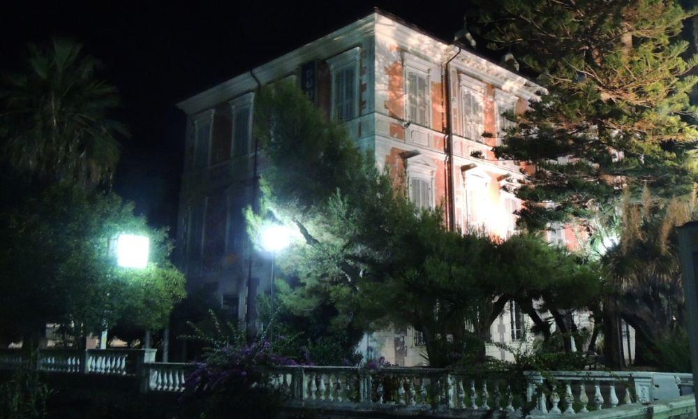 """Al museo di Diano Marina nel week end chiude la mostra """"Dialoghi di superficie"""""""