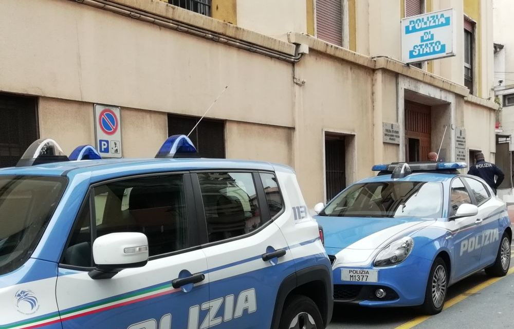 Ventimiglia. Doppio intervento della Polizia di Stato. Rimpatriato un marocchino pericoloso. Denunciati due pakistani per danneggiamento