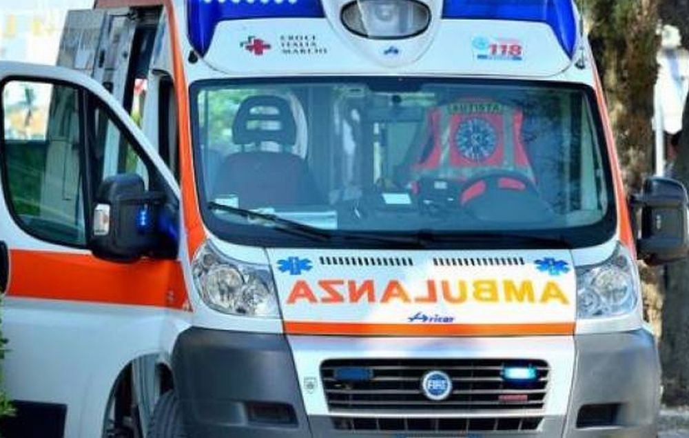 Due incidenti stradali ad Alessandria con tre feriti: davanti alla stazione e alla frazione Lobbi