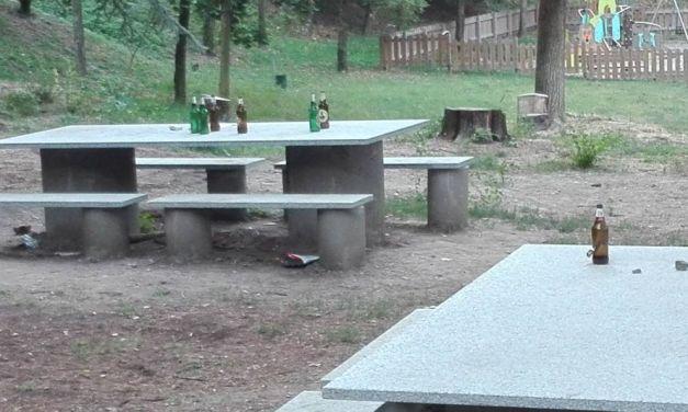 Il Parco del Castello di Tortona è poco controllato? La segnalazione di un lettore