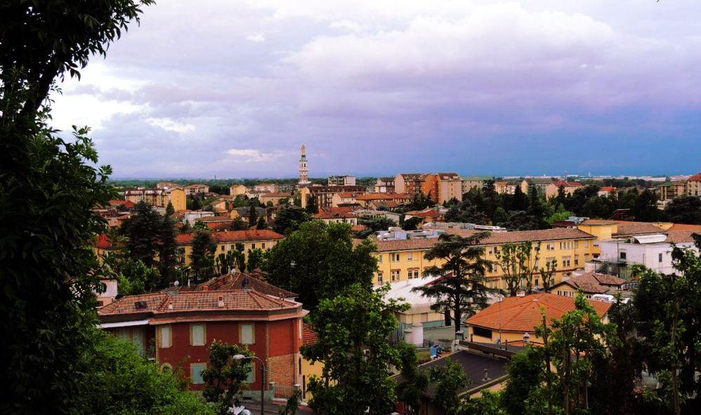 """Gli stranieri """"buoni"""" a Tortona si attivano a favore della collettività"""