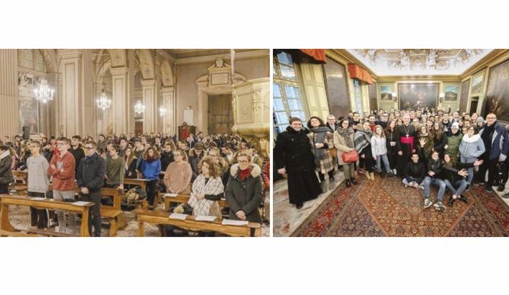 Il Vescovo ha incontrato i giovani della Diocesi per gli auguri natalizi
