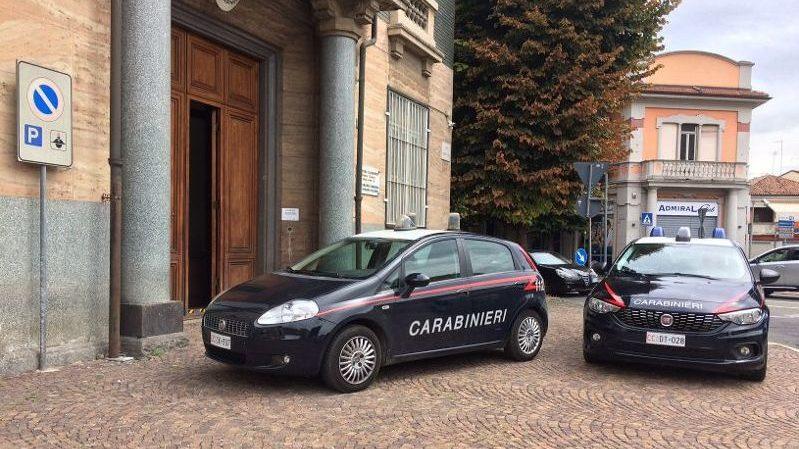 Rumeno ruba profumi all'Esselunga di Tortona per 475 euro, preso dai Carabinieri e denunciato per furto