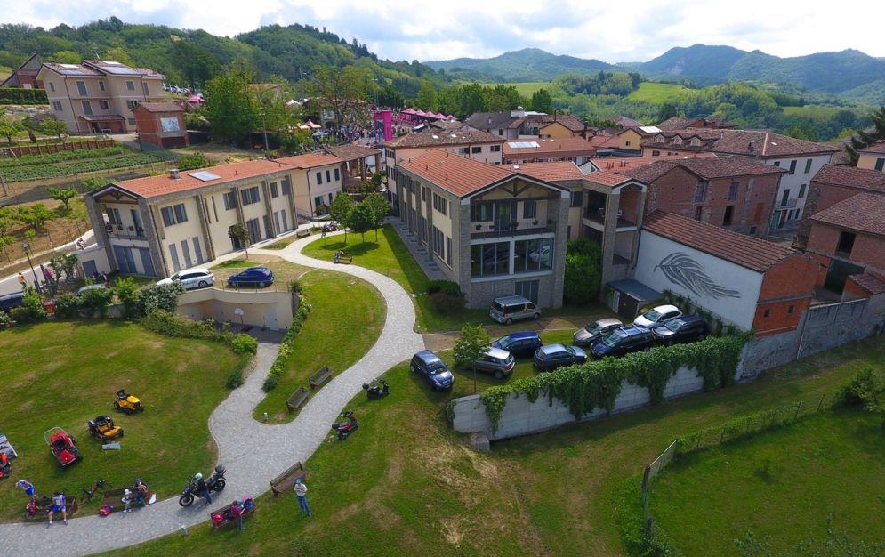 """Il Borgo di Castellania  sarà la suggestiva cornice dello spettacolo """"Fausto Coppi. L'affollata solitudine del campione"""""""