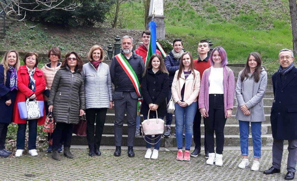 """Gli studenti di Marconi e Carbone e l'eccidio sul Castello: """"Dopo 70 anni….il senso del ricordo"""""""
