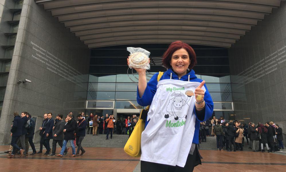La tortonese Monica Cusmano va a Bruxelles e lancia un invito al Parlamento Europeo per il Montebore