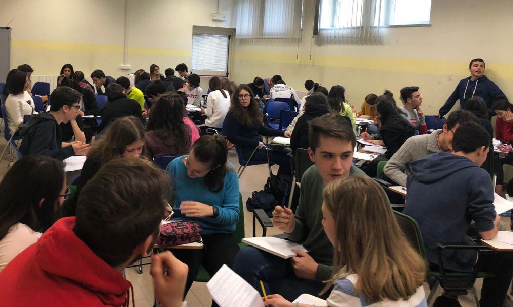 """Al Liceo """"Peano"""" di Tortona la squadra di Erik Zanotti vince il Pigreco-day"""