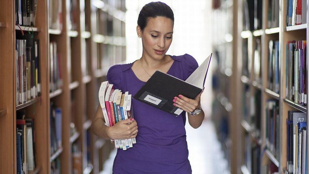 A Casalnoceto va in scena la lettura con iniziative per grandi e piccini: a scuola il mattino e la sera in biblioteca