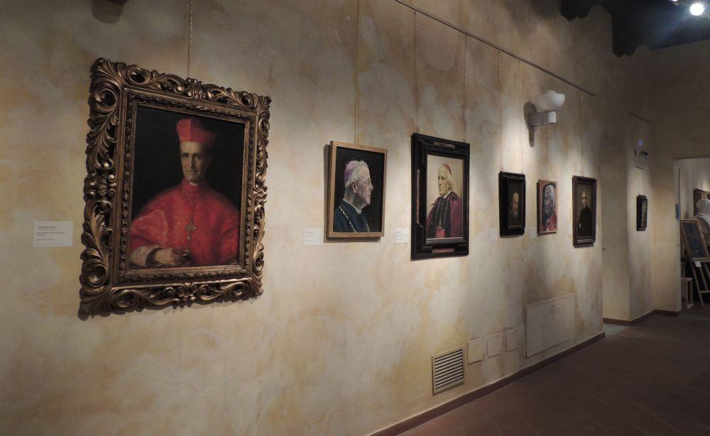 Per la prima volta a Tortona esposti quadri della Pinacoteca Comunale chiusa al pubblico. Le immagini