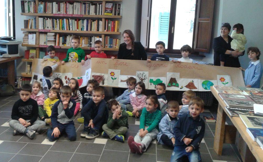 Tanti bambini alle iniziative della Biblioteca di San Sebastiano Curone. Le immagini