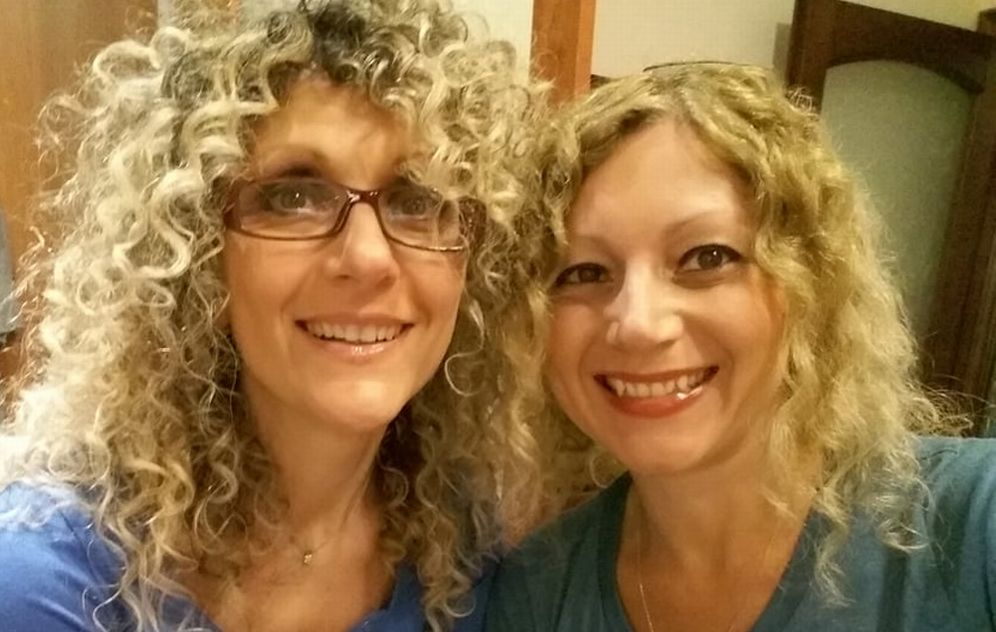 Due sorelle di Arquata scrivono un libro per bambini: sono Elisabetta e Monica