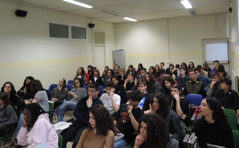 """Cristierna di Danimarca e i giovani del Liceo """"Giuseppe Peano"""" di Tortona"""