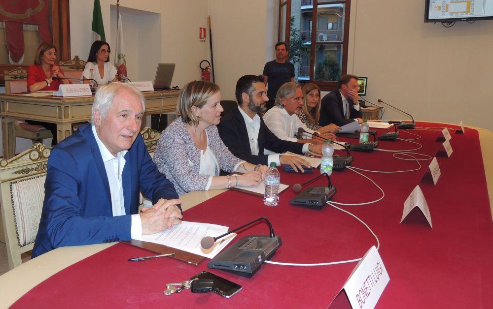 Consiglio comunale quasi di routine a Tortona, il resoconto