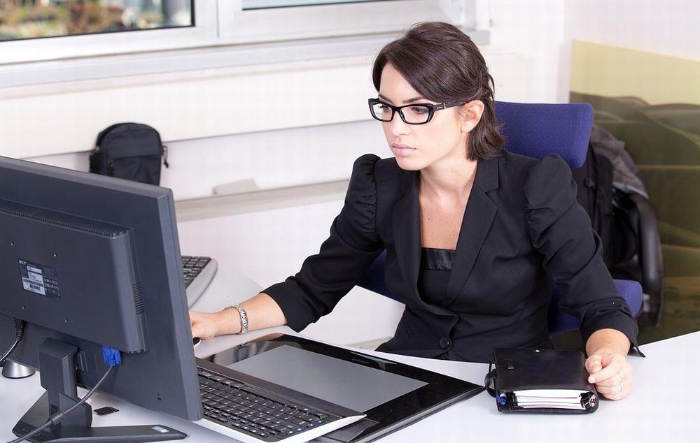 Agenzia delle Entrate: certificati e domande senza andare in ufficio. Online la guida sui servizi in modalità semplificata
