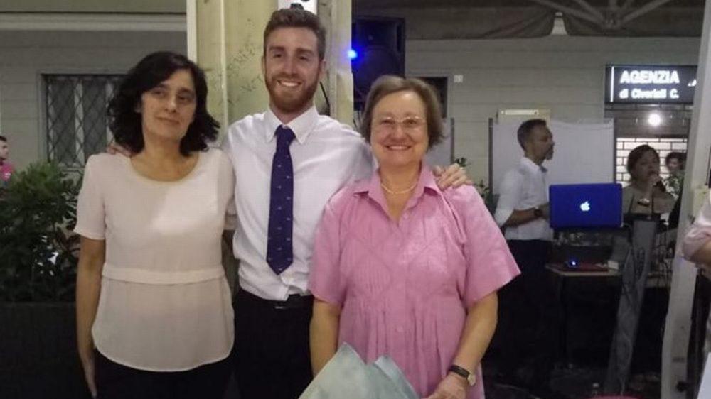 """Ben 150 donne presenti alla """"Cena in Rosa"""" del Bardoneschi a Tortona. Le immagini"""
