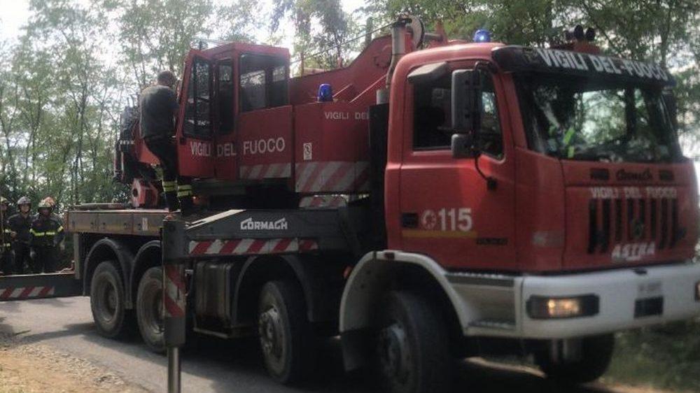 A Molino si rompe un serbatoio e si allaga la provinciale, a Tortona incendio in tangenziale