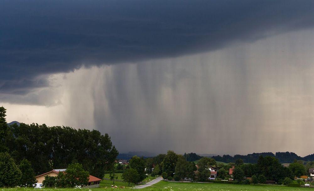 L'Arpa dà l'allarme: domani temporali in provincia di Alessandria. Migliora in serata. Incrociamo le dita