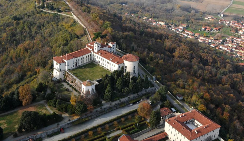 Il Fai di Tortona domenica va in gita al Castello Masino, fra 15 giorni visita Casa Barabino
