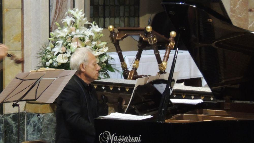 Tornano le Manifestazioni:Venerdì a Sale un concerto dal vivo del pianista Giorgio Vercillo