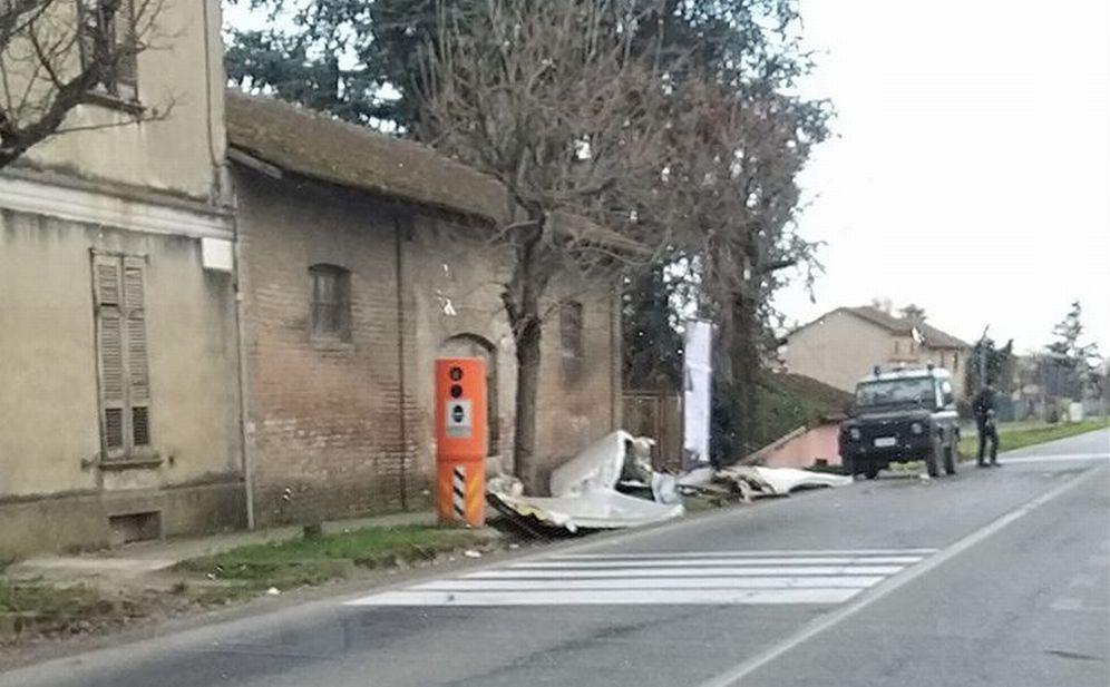 Tetto scoperchiato a Viguzzolo e incendio doloso a Casalnoceto