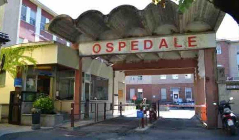 Una buona notizia per l'ospedale di Tortona che da lunedì ha 17 letti in più nel reparto di ortopedia, totalmente riaperto