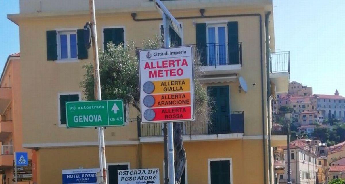 Imperia, installati pannelli semaforici per le allerte meteo