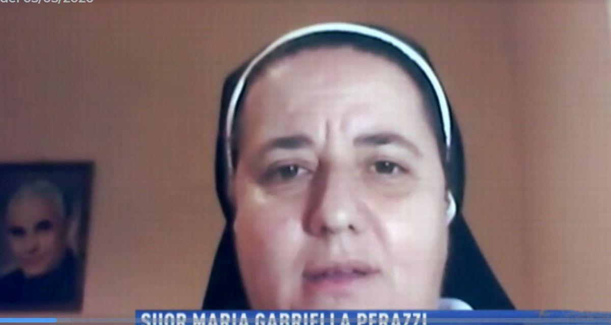 La Rai torna a Tortona per un servizio sulle suore morte, entra in convento e intervista la Superiora che ha aiutato le altre. Il Link