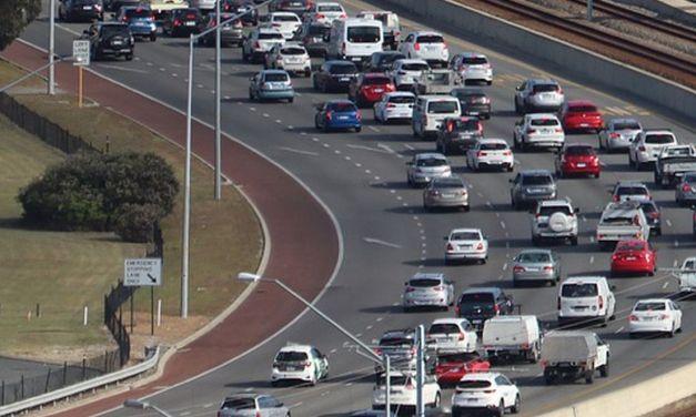 """Trasporti, Lega: """"Code su autostrade, treni in tilt e voli quasi azzerati: il governo isola il Paese"""""""