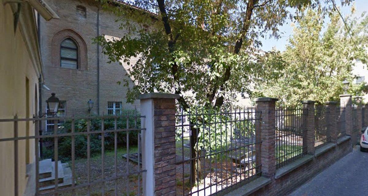 """Da Lunedì la Biblioteca Civica di Tortona apre il """"giardino dello studio"""" in questa location"""