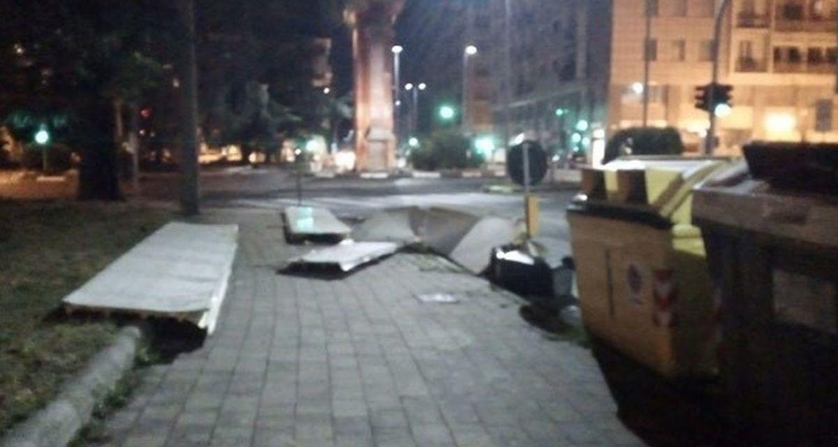 Il sindaco di Alessandria Ordina lo sgombero per un condominio in piazza De Andrè danneggiato dal maltempo