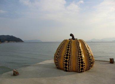 Yayoi Kusama - Yellow Pumpkin 7