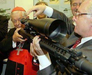 Banco do Vaticano é um dos maiores acionistas de fábricas de armas do mundo.<dataavatar hidden data-avatar-url=http://0.gravatar.com/avatar/0db773896e9a035d69061281ac6d09a9?s=96&d=mm&r=g></dataavatar>