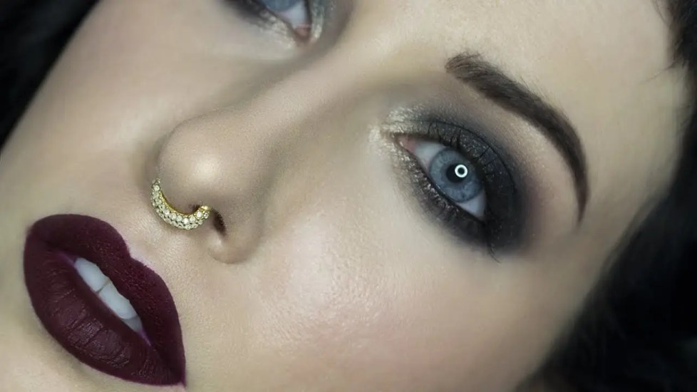 HUDA Smokey Obsessions Review & Tutorial