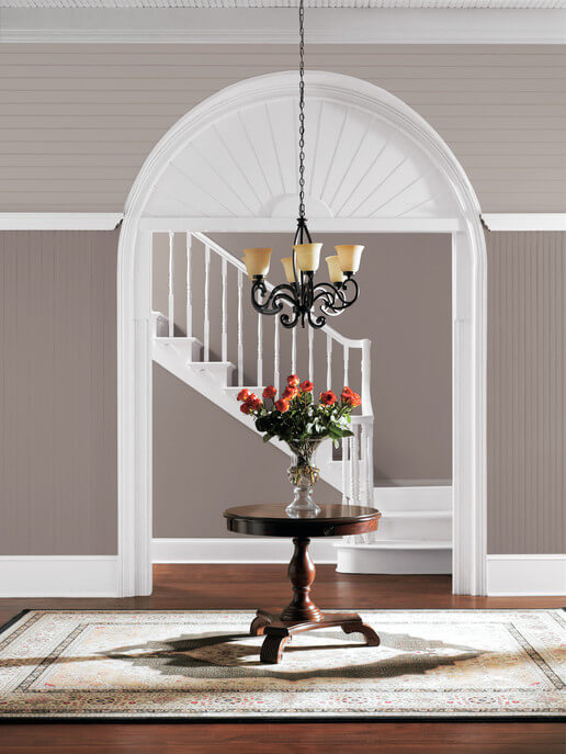 sherwin-williams_poised_taupe_entryway_1_