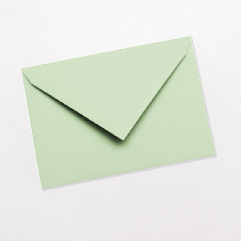 gekleurde enveloppen lichtgroen munt zachtgroen groen pastel licht fris