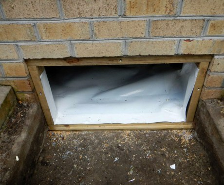 Seal or Vent Your Crawl Space – What's the Best Option?