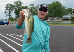 Reg1-Big bass Doug