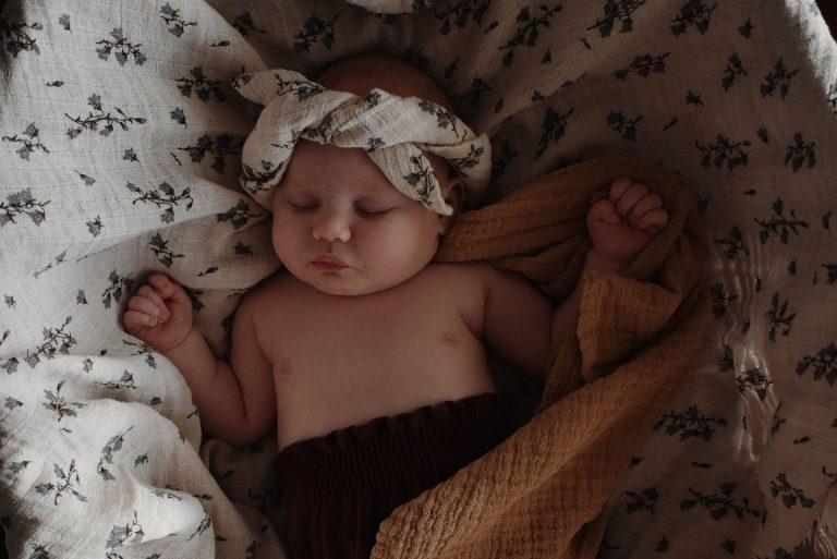 Zur Baby-Erstausstattung gehören auch Textilien wie diese schönen Musselin-Tücher von Garbo and Friends