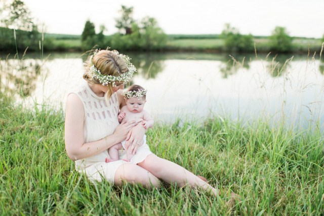 Ethereal Mother-Daughter Photoshoot from Lauren W Photography | Oh Lovely Day