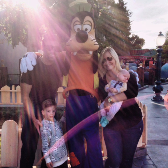 tips for taking a baby to disneyland | Oh Lovely Day