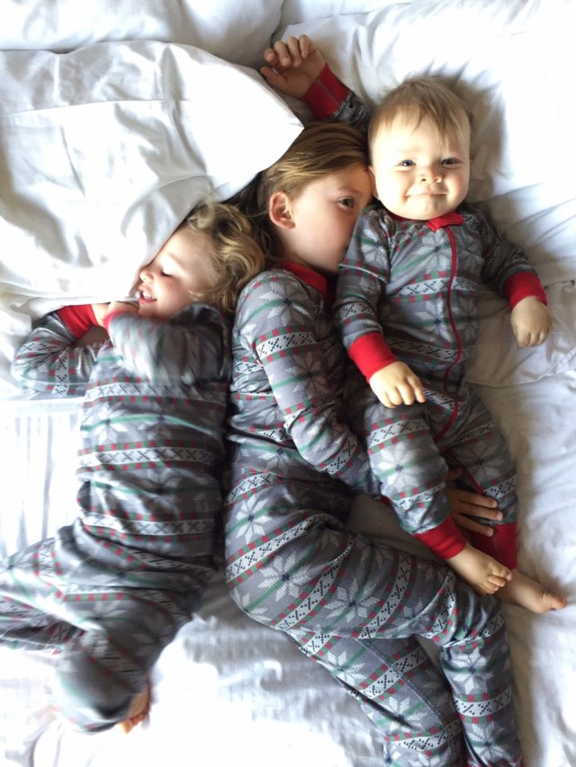 holiday traditions matching family christmas pajamas with hanna andersson and oh lovely day - Cheap Family Christmas Pajamas