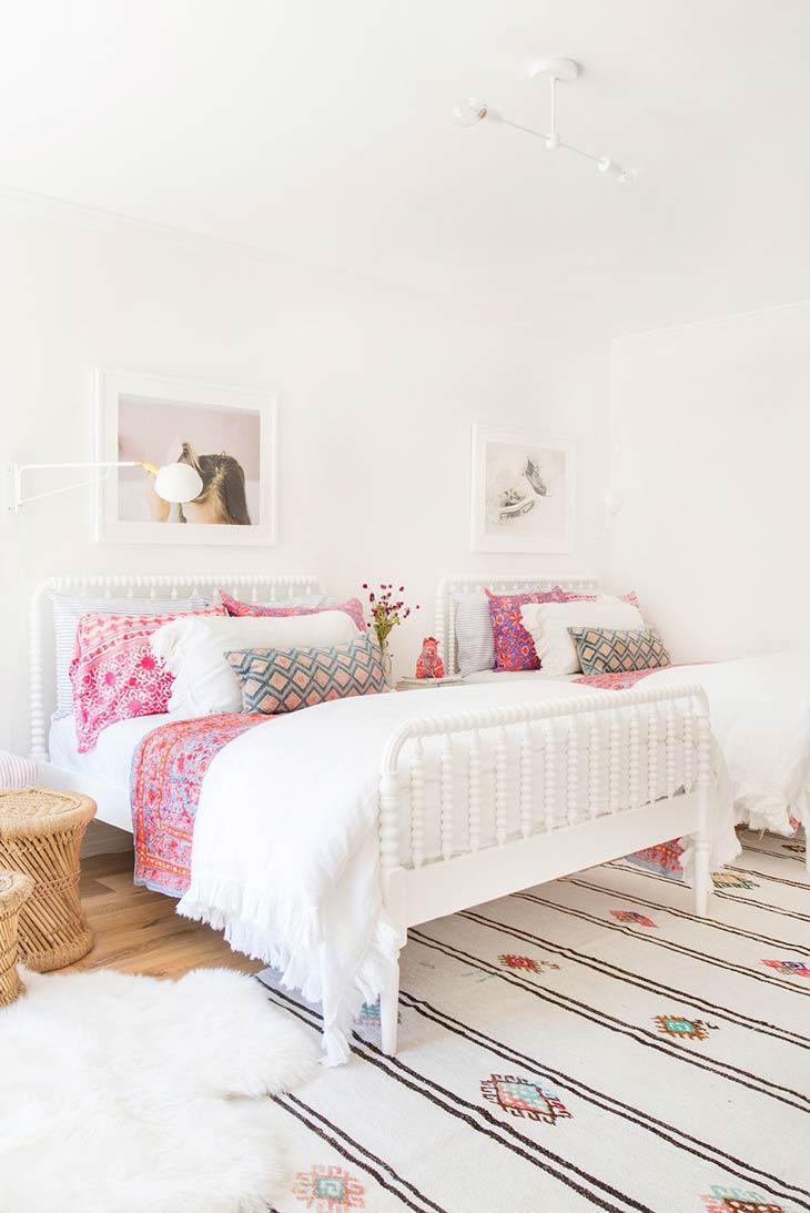 Cute & Stylish Teenage Girl Bedroom Ideas & Room Decor ... on Teenage Rooms For Girls  id=83283