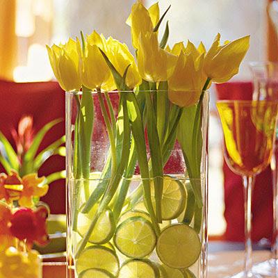 Simple Spring Tulip Centerpiece