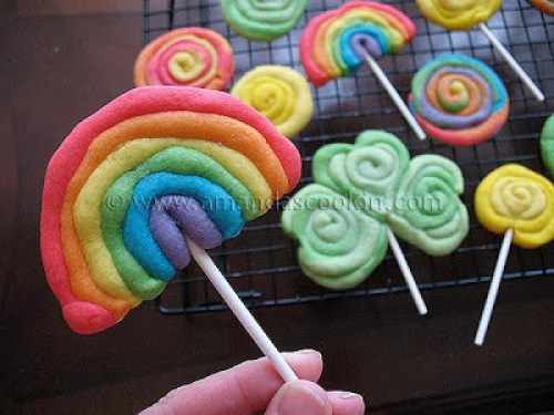 Rainbow Cookies for Rainbow Parties or St. Patrick's Day