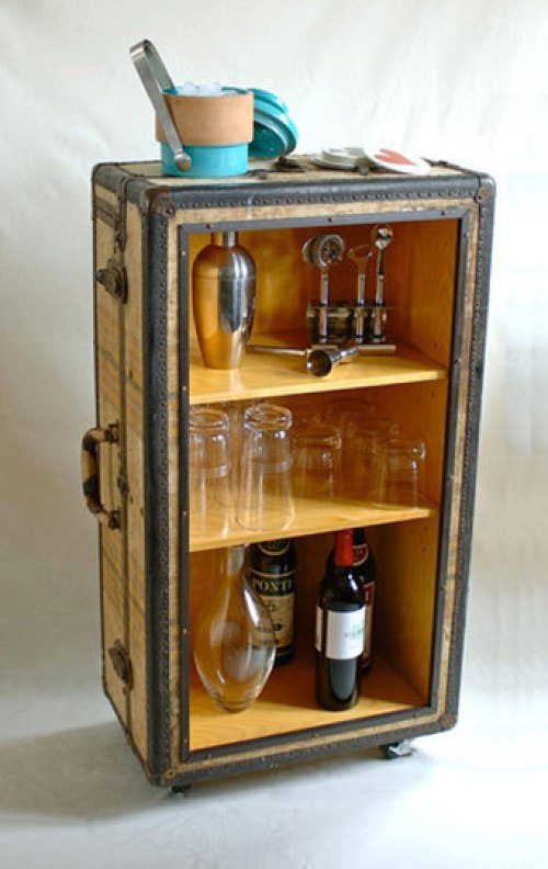 Trunk Repurposed Bar included in these 20 DIY Vintage Suitcase Projects and Repurposed Suitcases. Create unique home decor using repurposed old suitcases! | OHMY-CREATIVE.COM